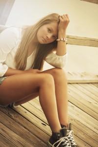 girl-375114_960_720